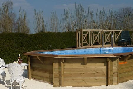 Holiday cottage with private pool - Ev