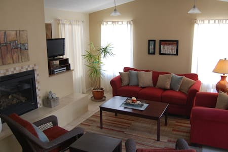 Cute Casita with gorgeous courtyard - Corrales - Hus