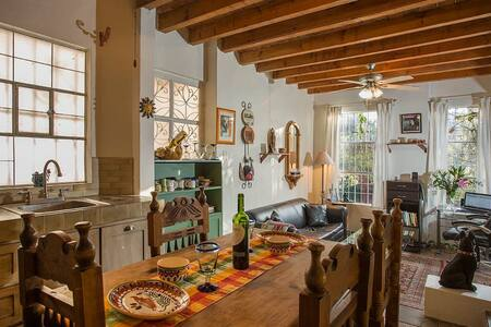 Charming artist's home in lovely and quiet area. - San Miguel de Allende