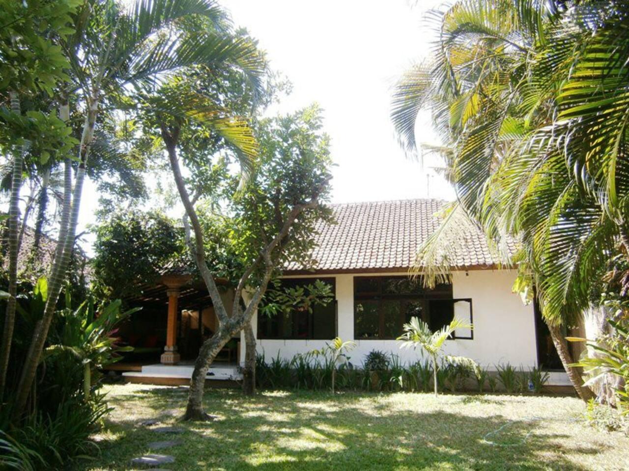 Villa Pillow Seminyak Bali