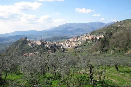 "SELF-CATERING GUEST HOUSE ""Arpino"""