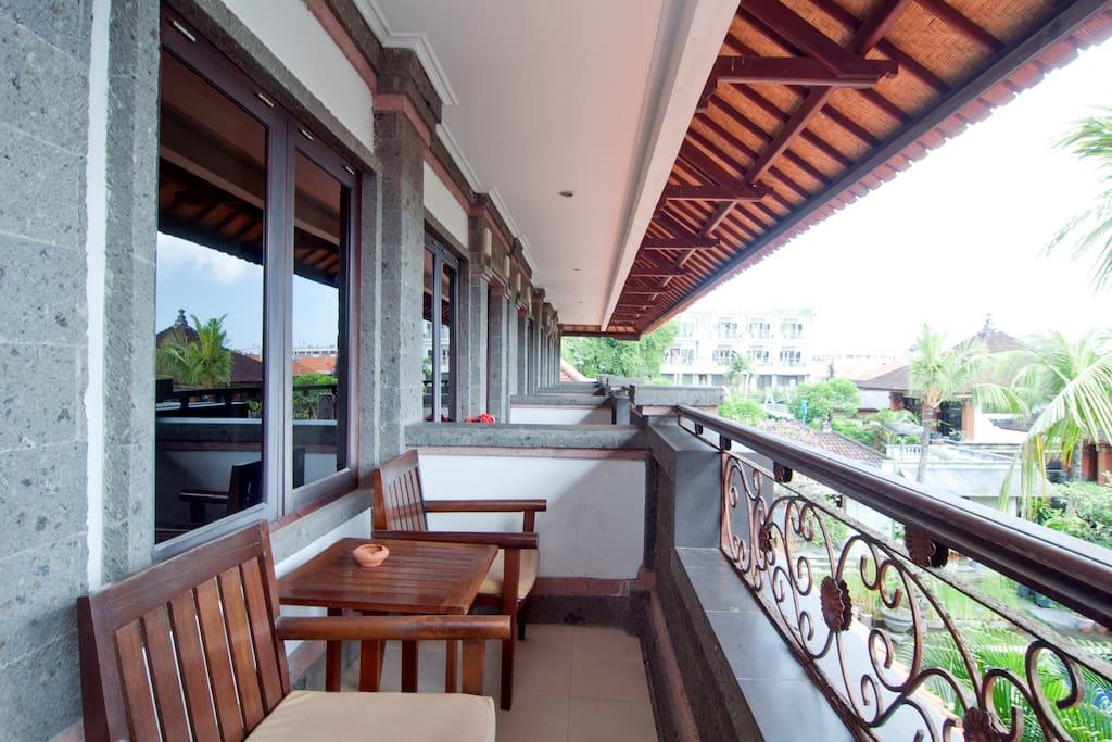 CHEAP AND NICE HOTEL IN KUTA/BALI