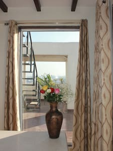 Room in panthouse with  terrace 5 mn from center - Jaipur
