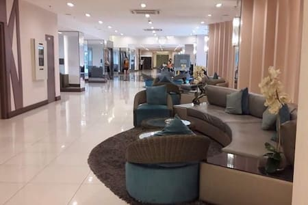 SEA RESIDENCES MOA with Free Wifi - PASAY