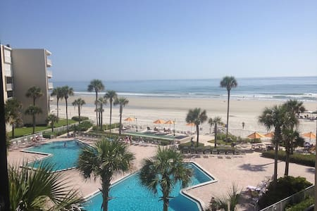 Beachfront Condo with Amazing Views! - New Smyrna Beach