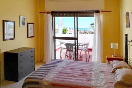 2 bedroom apartment, Marbella-Estepo,clean-bright. - Apartmen
