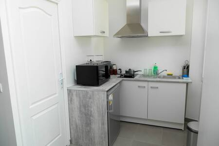 Warm studio at 500m from the sea - Marseille - Apartment
