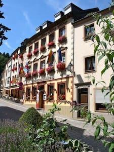 Auberge du Chateau - Doppelzimmer 2 - Vianden
