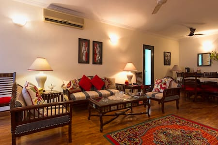 Route21 @Dev BoutiqueHomeStaySuite1 - New Delhi