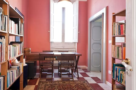 Brindisi TemplariB&B, historic home - Brindisi