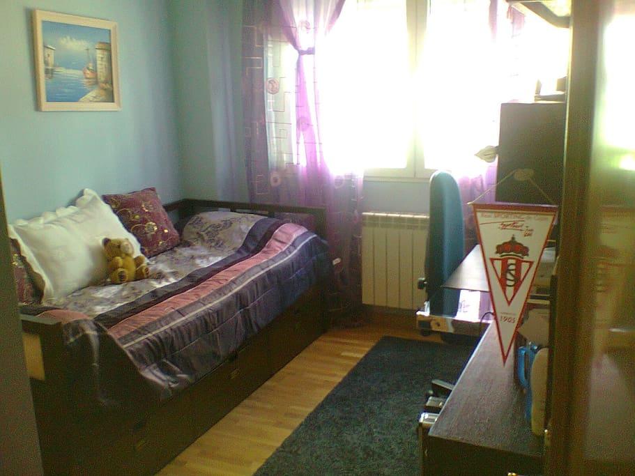 Habitación invitados. Guests´ room.