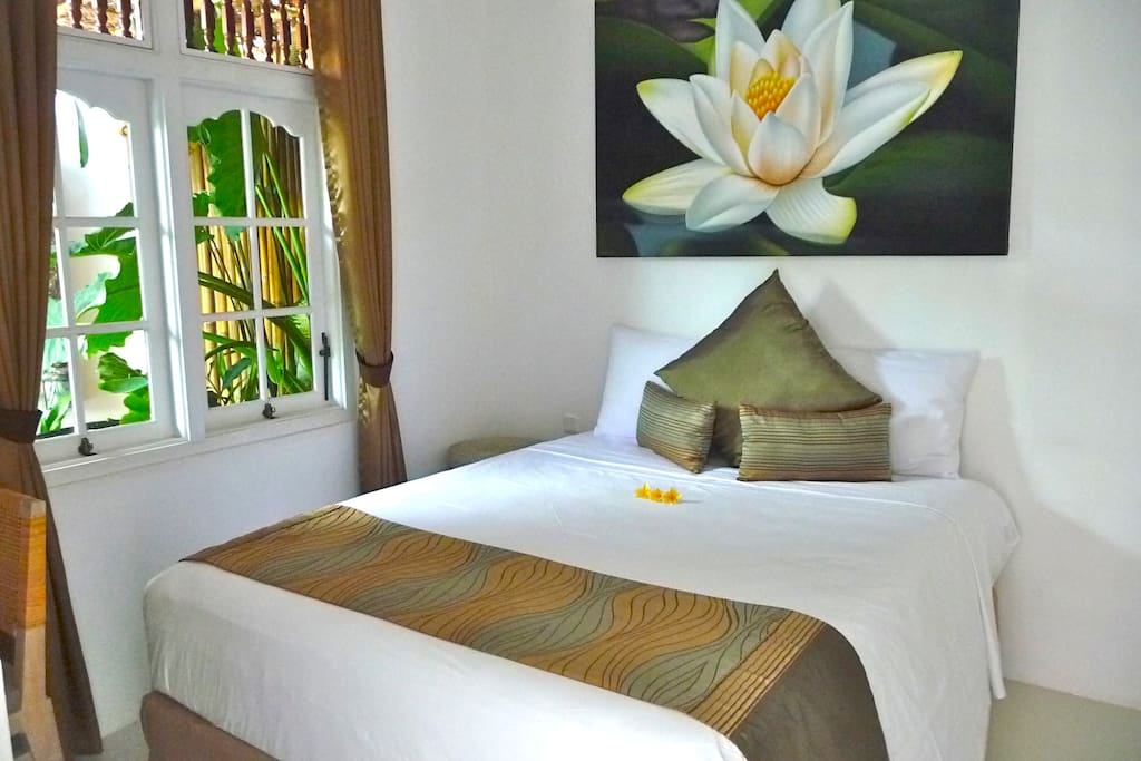 Bed 1 ~ King size with walk in robe and outdoor ensuite.