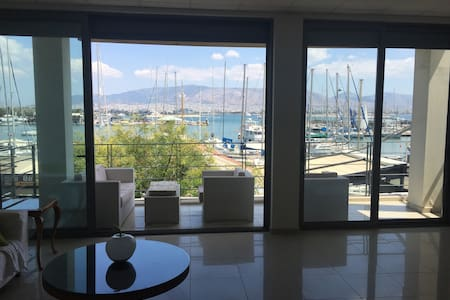 Loft-in Front of the SEA in Athens (Peireas) - Pireas