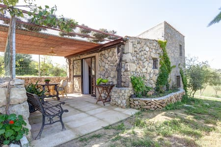 Little cottage 6 km from the sea - Santa Margalida