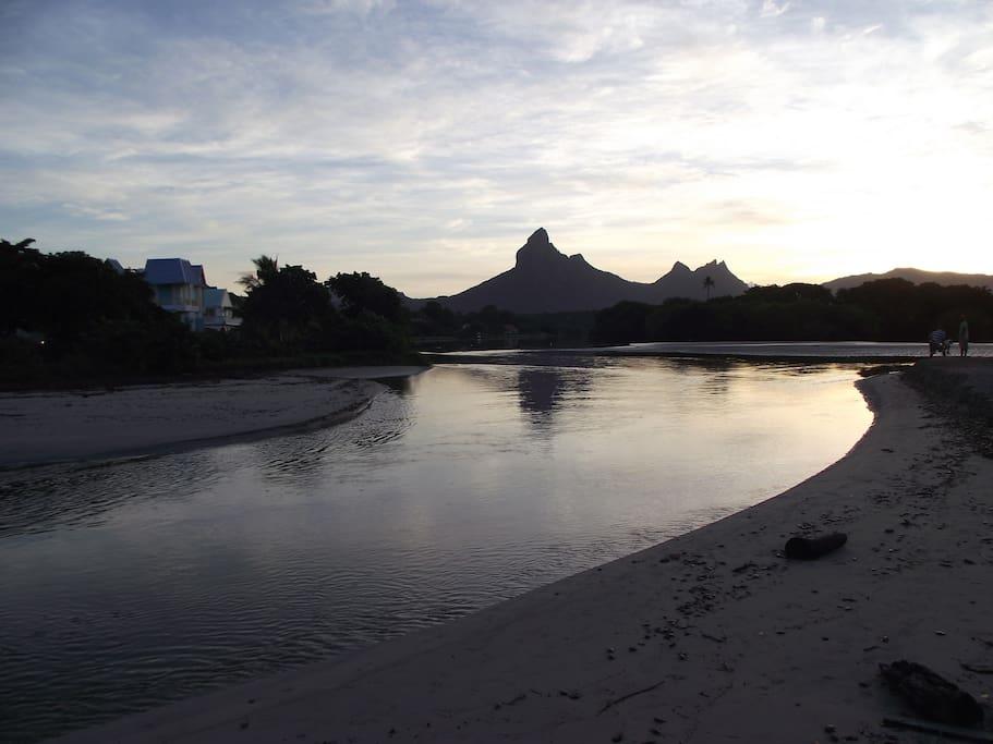 Tamarin Bay early morning