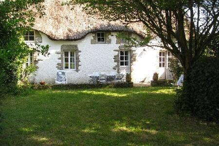 Lovely cottage near La Baule - Hus