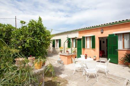 Cosy house in center of Mallorca - Casa