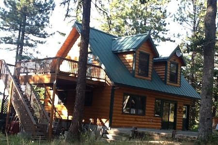 Cozy Log Cabin Retreat in the Woodlands - The Dalles - Kabin