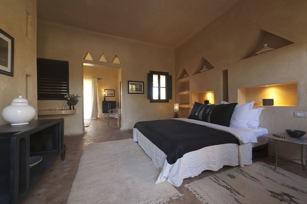 Riad with pool and wellness area