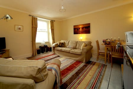 Keats Loft  Self Cater Apartment - Teignmouth
