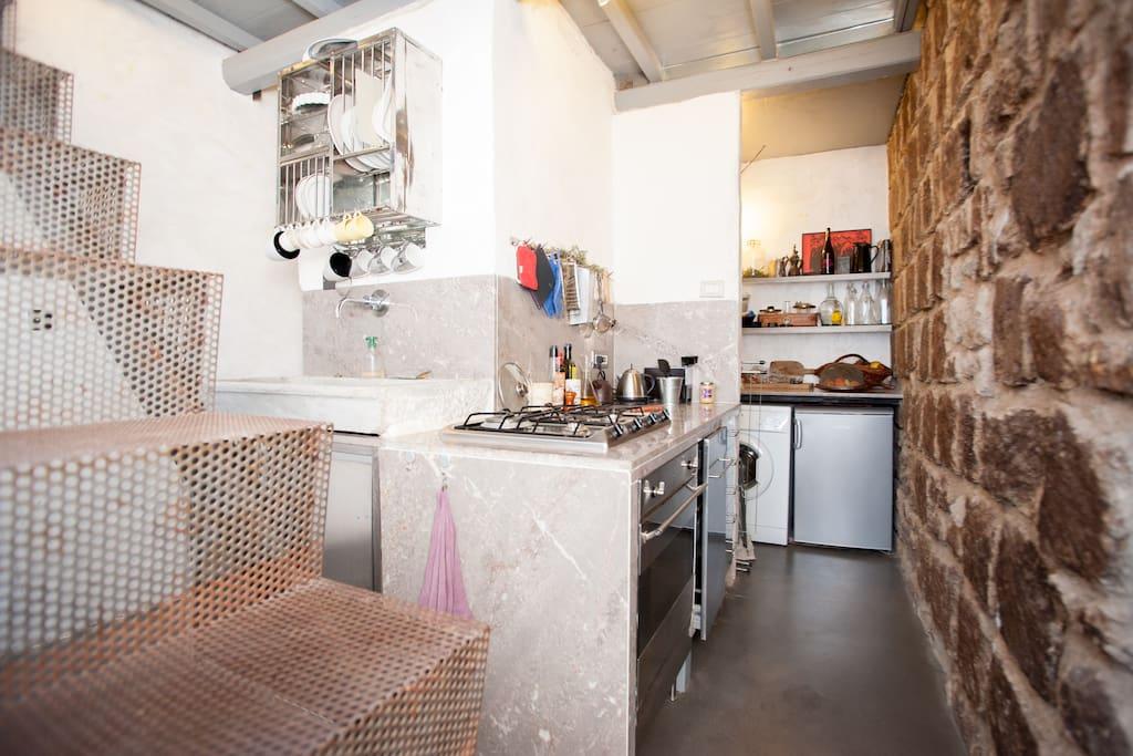 Latium: House + garden 350 per week