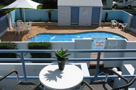 UrbanCoast@BluedockApartments - Apartmen