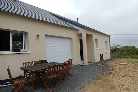 Maison - House