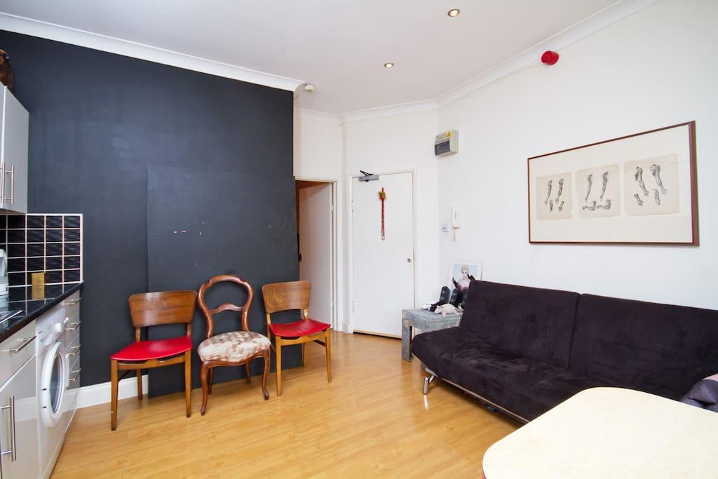 Dalston, Hackney, 1 bedroom flat