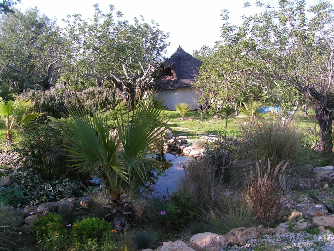 Peaceful Pixie Hut, Algarve.