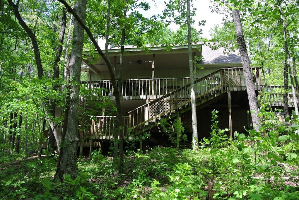 Back view of cottage - double decks.