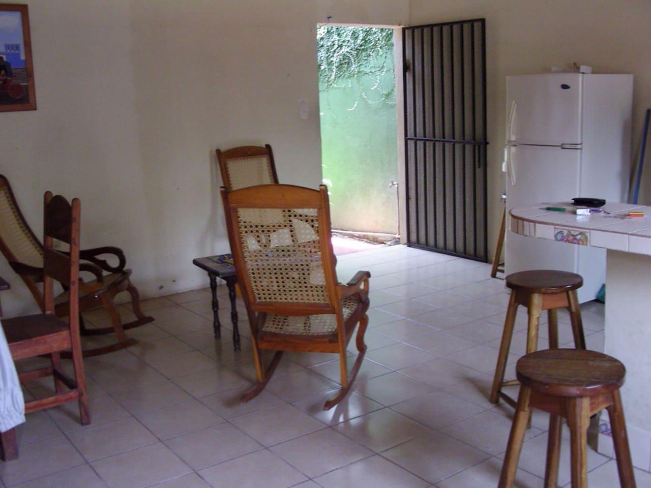 chambre a louer dans petite maison