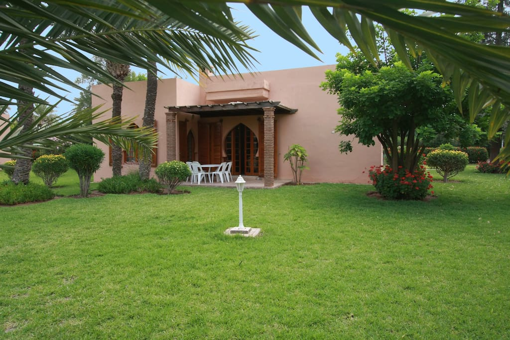 Beautiful Villa in the Palm Grove