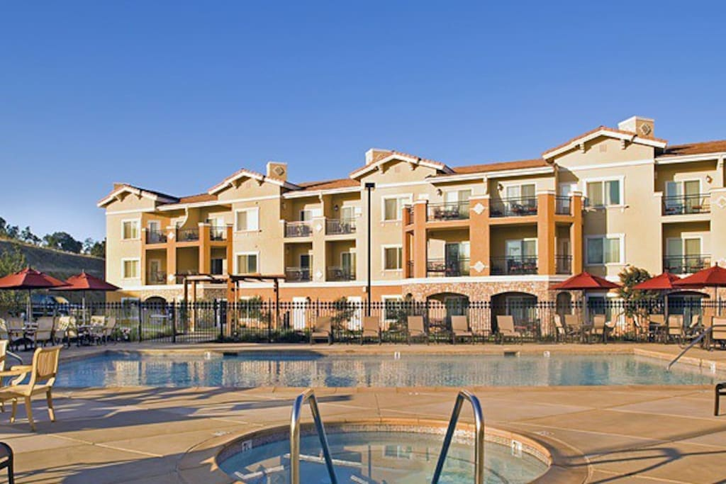 Luxury Napa Resort 2BR Large Condo