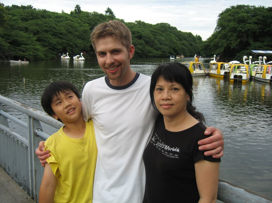 with a guest from US(Univ of Wyoming) at Inokashira park in Kichijyoji near my home