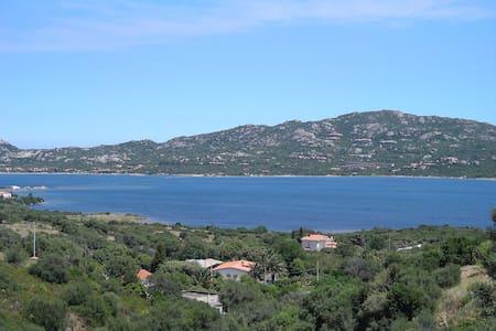 Apartamen in villa front sea Sardin - Apartment