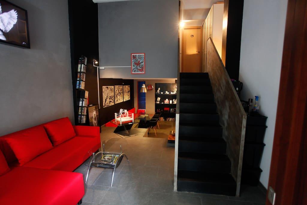 Loft in duplex designed by artist
