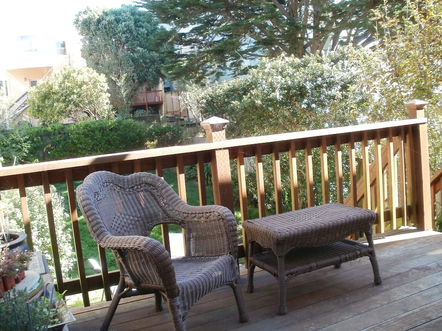 Deck to enjoy  your morning coffee !