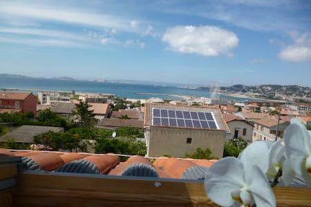 marseille plage ,borely ,vue mer - Marseille - Dům