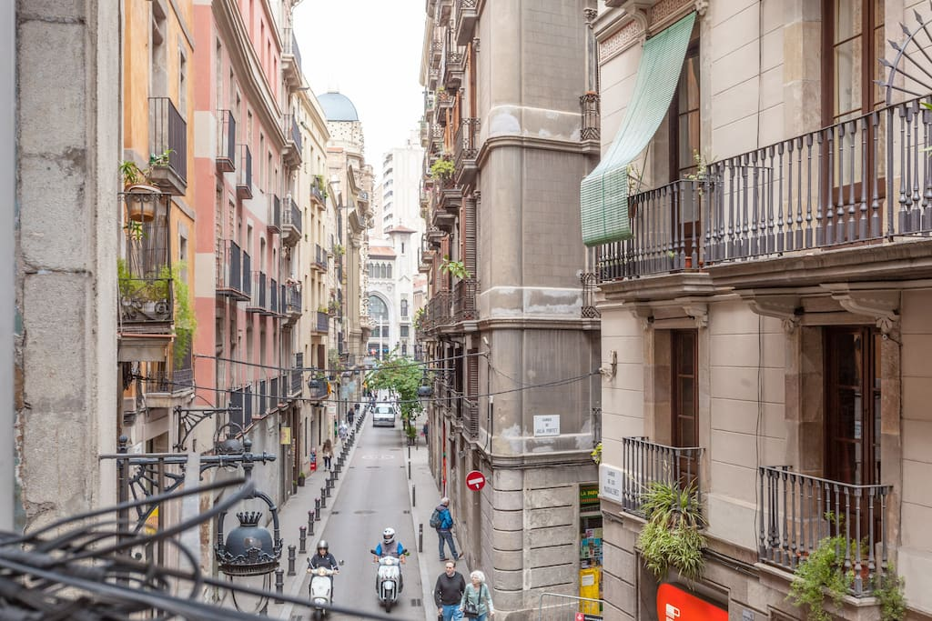 Most central and tourist location of Barcelona (view from the balcony)