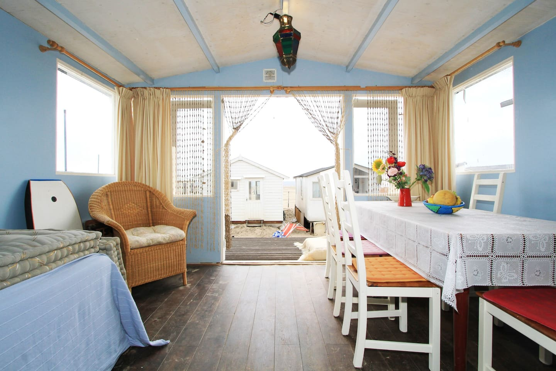 Unique beach house IJmuiderstrand - Zomerhuisjes/cottages te Huur ...