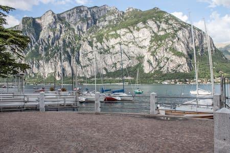 Lecco Lake Como. Lakefront w/garden - House