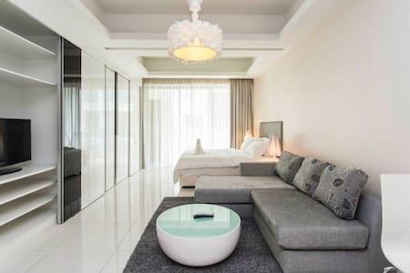 Hotel Suite+Breakfast - Appartement