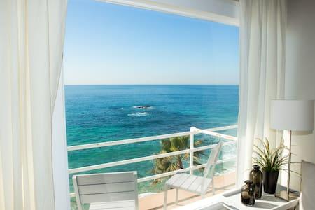 Laguna Beach Oceanfront Studio! - Pis