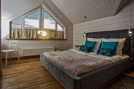Apartament z 3-sypialniami - Apartment