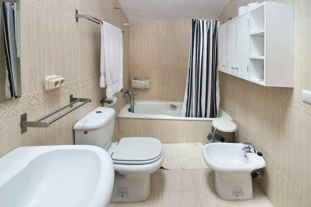 A big and fully equipped bathroom right front of the bedroom.