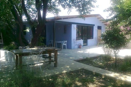 gardenhouse in Attiki Marathon beachbay - Marathonas