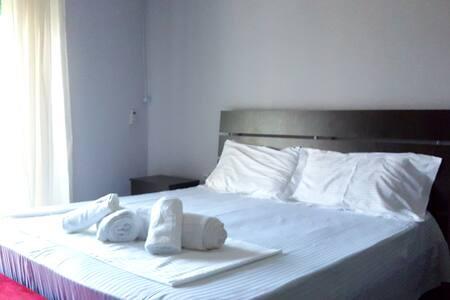 Apartment in the heart of Tirana - Tiranë - Apartmen