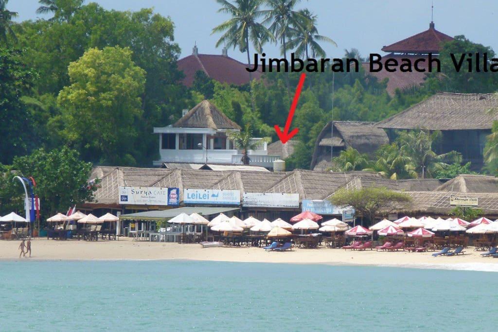 Jimbaran Beach Villa showing pool and living area