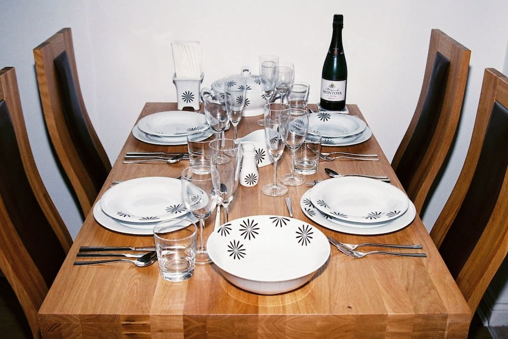 Dining for four in comfort