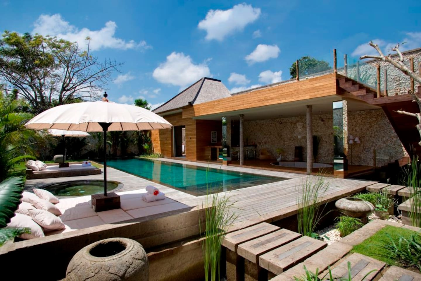 Bali Lifestyle Super Lux 4 Bed Vila